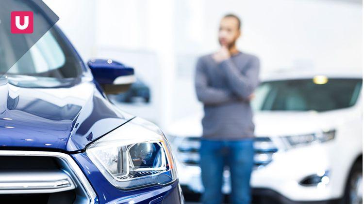 Auto elettrica: meglio l'acquisto o il noleggio?